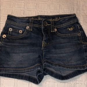 Girls size 8S justice shorts. excellent condition